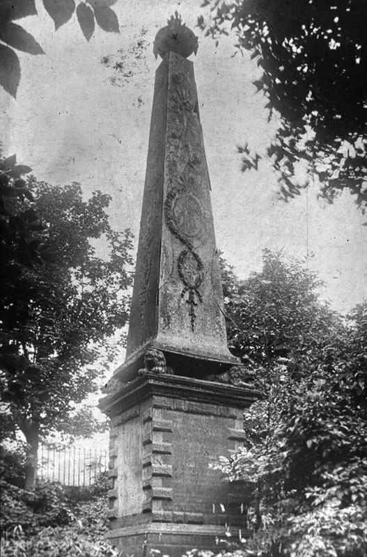 The Bruce Obelisk: Innovation and Symbolism in Cast Iron
